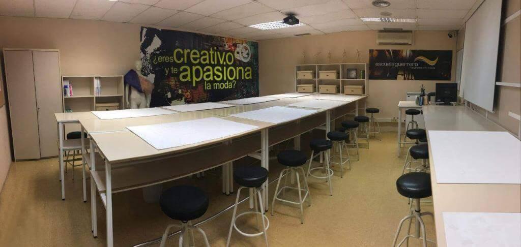 Aula para cursos de Diseño de Escuela Guerrero